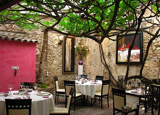 Antibes restaurant le figuier de saint esprit christian for Restaurant jardin antibes