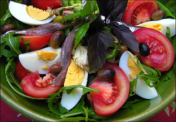 http://www.nicerendezvous.com/FR/images/edito/salade-nicoise.jpg