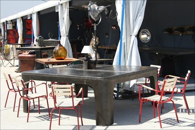 Antibes 1er salon d 39 t d art moderne contemporain d for Salon d antibes