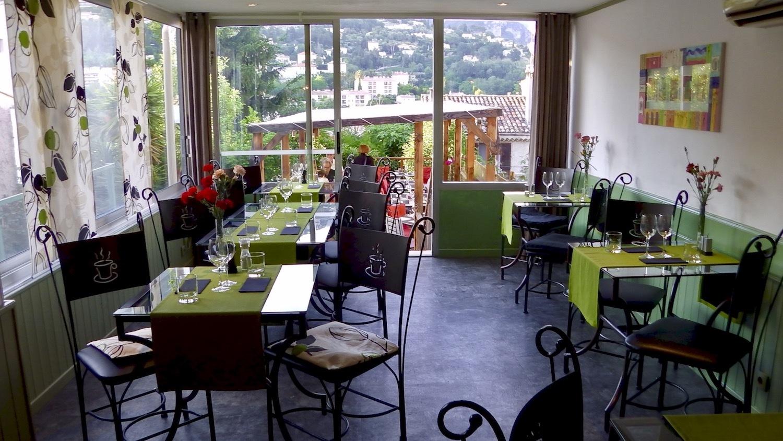 Vence au restaurant c t jardin un d ner en terrasse 2017 for Restaurant jardin 78