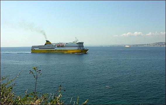 Port de nice corsica ferries un bastia toulon br le l 39 escale ni oise nicerendezvous 2016 - Nice bastia bateau ...