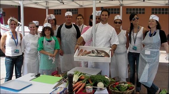 Salon de la p che cagnes sur mer cours de cuisine du poisson par le chef luc salsedo - Salon gastronomique cagnes sur mer ...