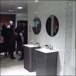nice porcelanosa inauguration du showroom deux pas de l. Black Bedroom Furniture Sets. Home Design Ideas
