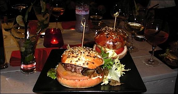 Port saint laurent restaurant quai tchup hamburgers maison - Restaurant port de saint laurent du var ...