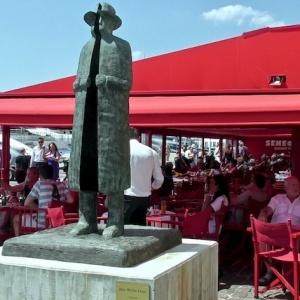 Folon à Saint Tropez Fondation Pieters et parcours de sculptures monumentales