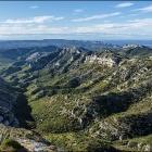 Alpilles, les plus belles randonnées par Alain Godon Nice RendezVous rayon Livres